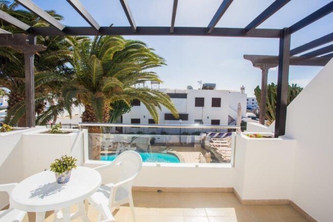 Apartment with pool view (1 bedroom) 2 single beds- sofabed (1-3 pax)-5